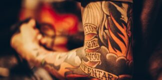 duży tatuaż
